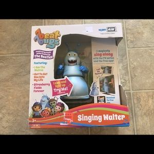 New Beat Bugs Singing Walter Toy